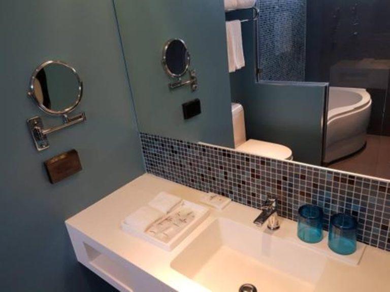Bizotel : Two-Bedroom Suite